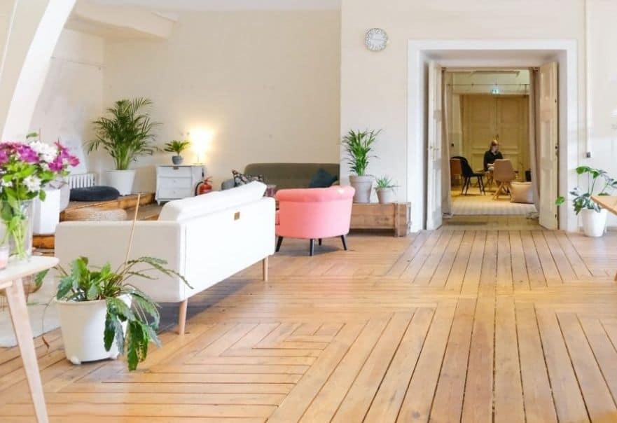Wooden floor or carpet nordic experts