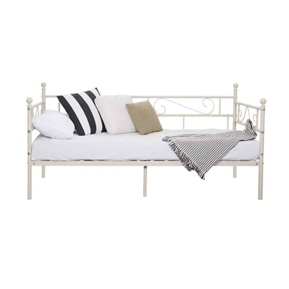 Single daybed for guest room